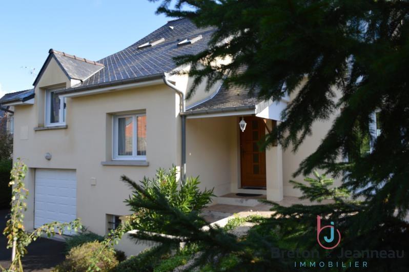 Sale house / villa Saint berthevin 247520€ - Picture 1