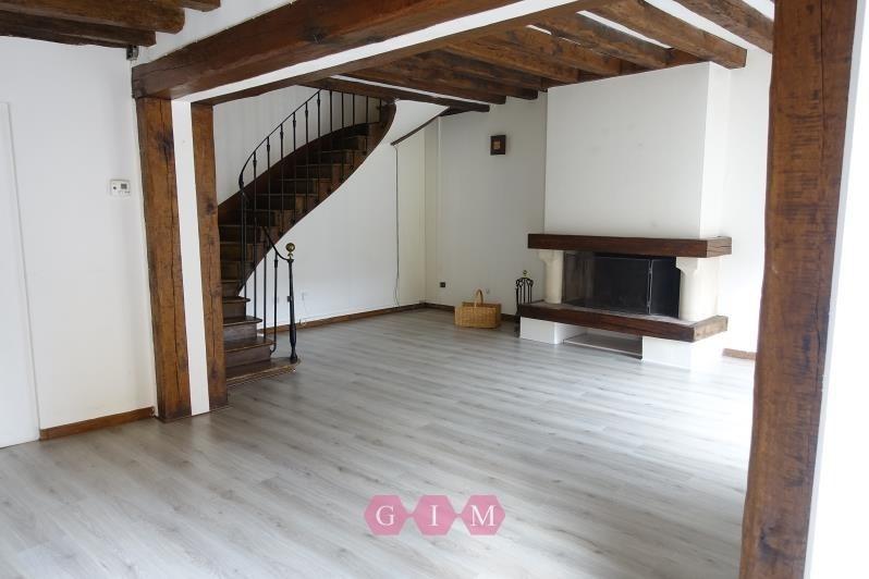 Rental house / villa Maurecourt 1415€ CC - Picture 1