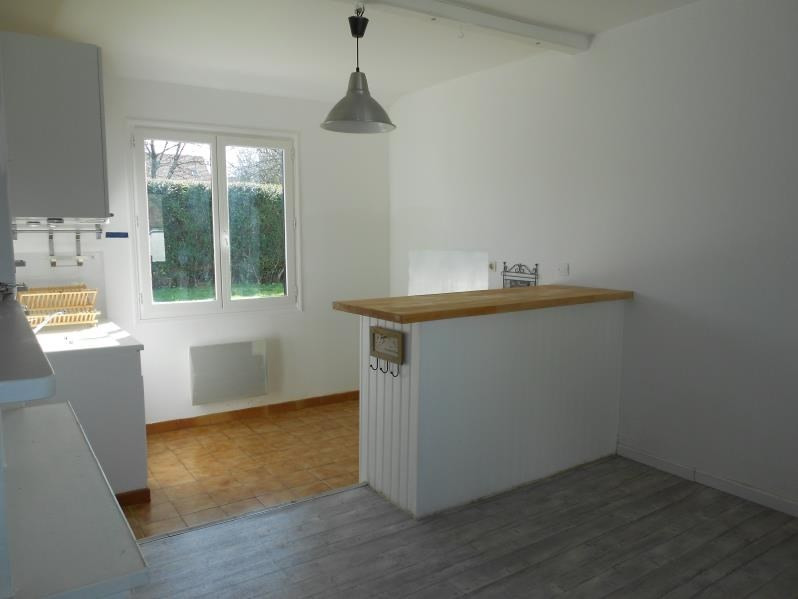 Location maison / villa Sainte colombe 750€ CC - Photo 4