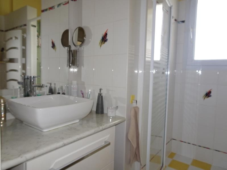 Vente maison / villa Daux 384800€ - Photo 9