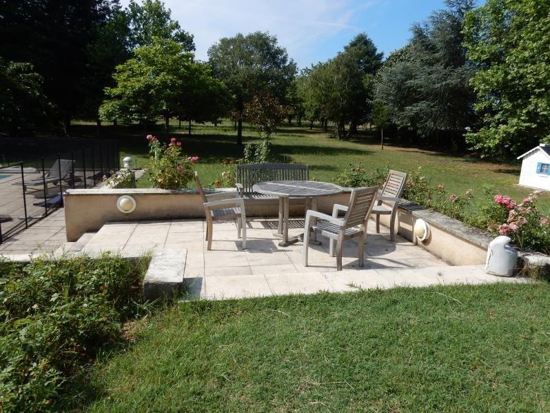 Revenda residencial de prestígio casa Roussillon 599000€ - Fotografia 3