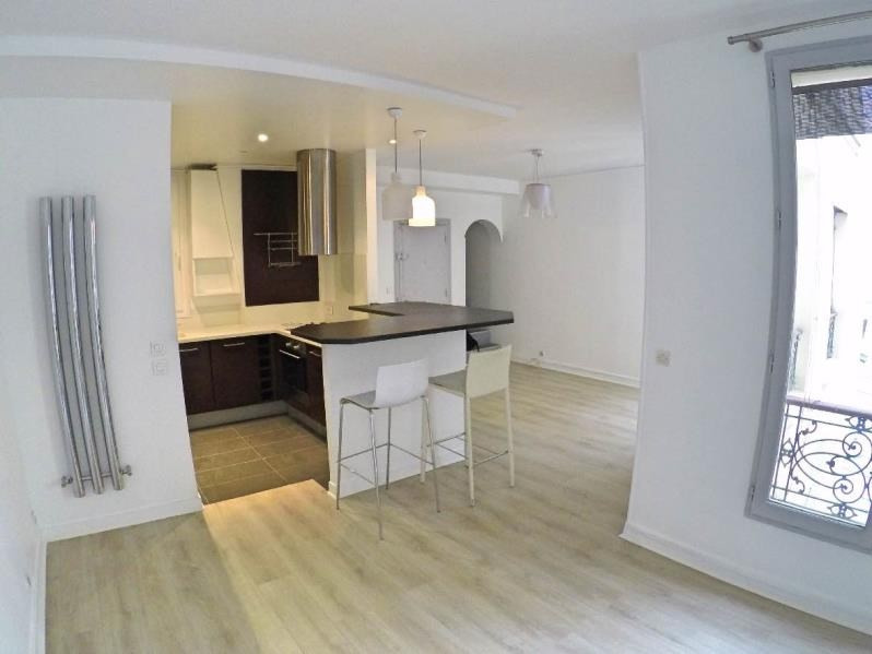 Sale apartment Paris 11ème 575000€ - Picture 1