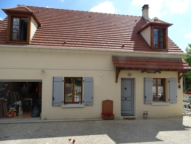 Sale house / villa Chambly 325 000€ - Picture 1