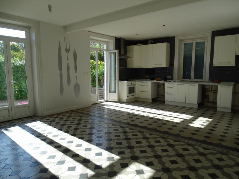 Sale apartment Fontaines sur saone 270000€ - Picture 2