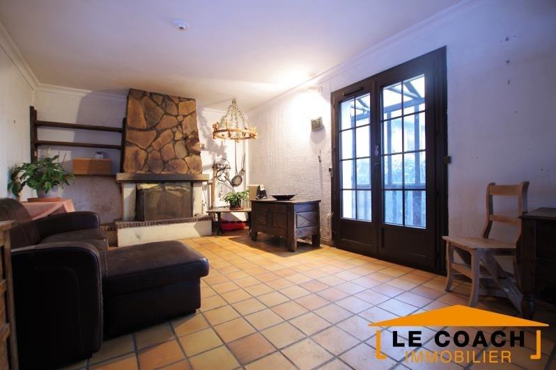 Sale house / villa Montfermeil 370000€ - Picture 1
