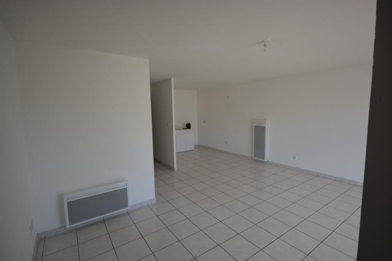 Locação apartamento Chamagnieu 690€ CC - Fotografia 2