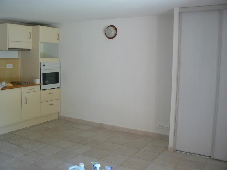 Rental apartment Bandol 610€ CC - Picture 6