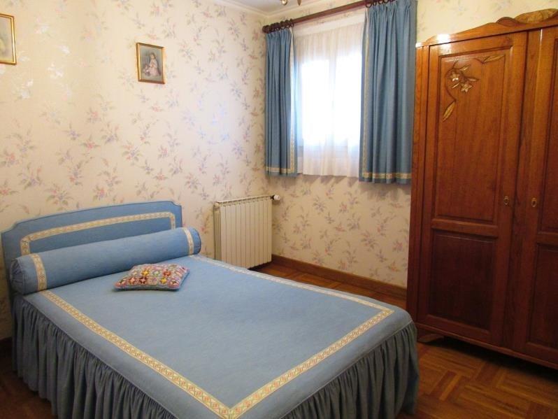 Sale house / villa St remy la vanne 210000€ - Picture 9