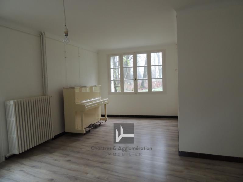 Location maison / villa Nogent le phaye 820€ CC - Photo 3