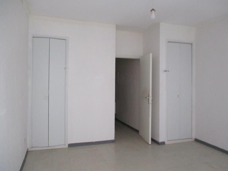 Rental apartment Salon de provence 519€ CC - Picture 4