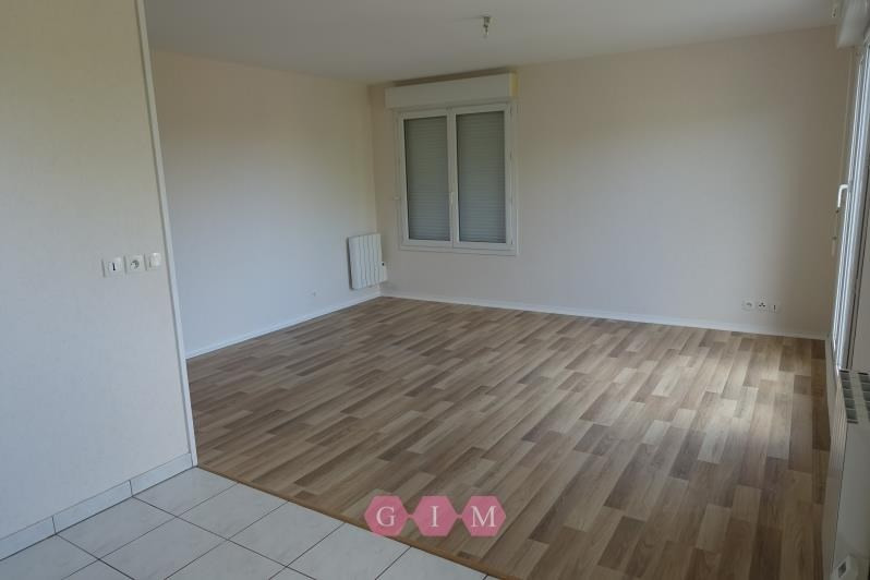 Location appartement Chanteloup les vignes 615€ CC - Photo 4