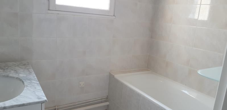 Rental apartment Le pecq 1 146€ CC - Picture 10
