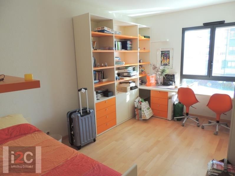 Rental apartment St genis pouilly 2400€ CC - Picture 3