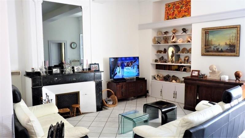 Sale apartment Pau 232000€ - Picture 2