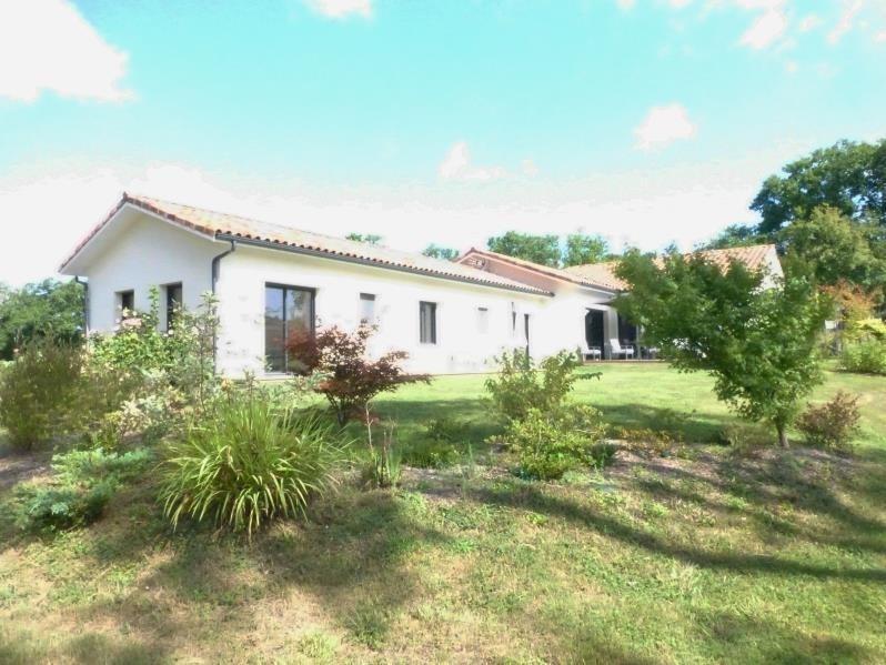 Sale house / villa Peyrehorade 431700€ - Picture 1