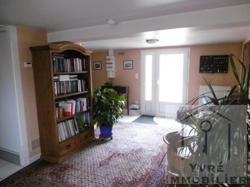 Sale house / villa Yvre l eveque 353 360€ - Picture 12