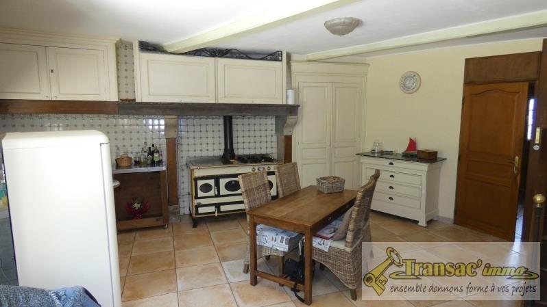 Sale house / villa Ceilloux 180000€ - Picture 2