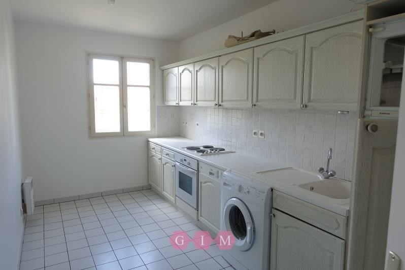 Rental apartment Carrieres sous poissy 995€ CC - Picture 3