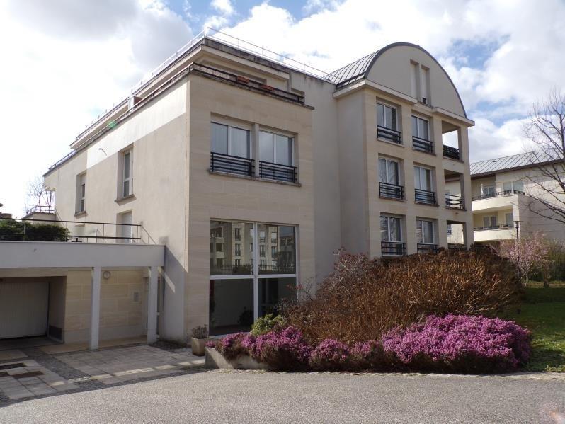 Locação apartamento Guyancourt 860€ CC - Fotografia 1