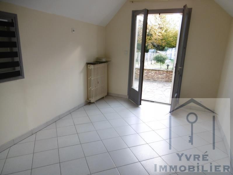 Sale house / villa Yvre l'eveque 173250€ - Picture 3