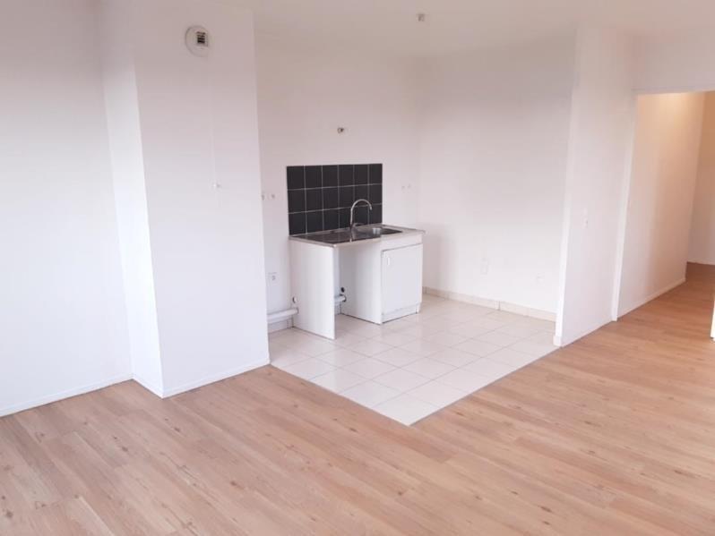 Location appartement Cergy 795€ CC - Photo 2