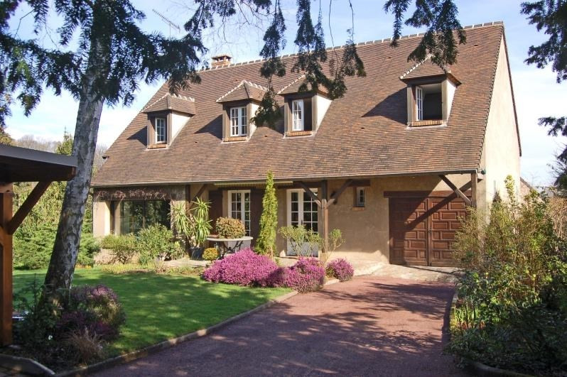 Sale house / villa Domont 590400€ - Picture 1