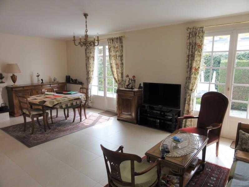 Sale house / villa Montfort l amaury 385000€ - Picture 4