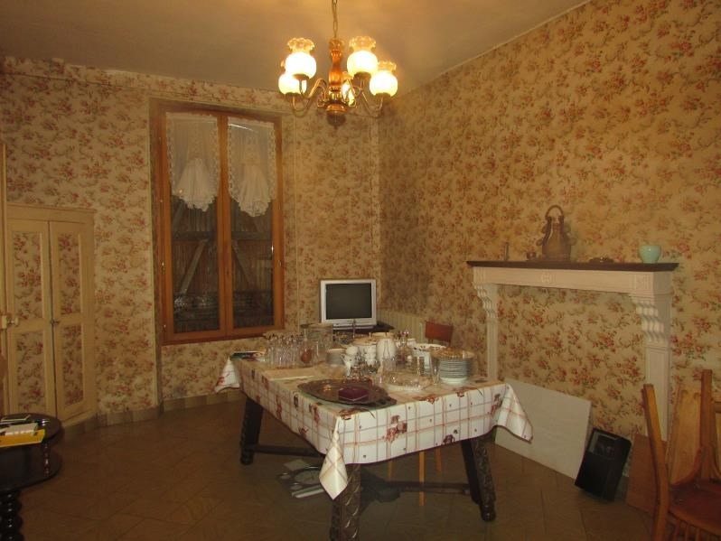 Sale house / villa La ferte gaucher 190000€ - Picture 2