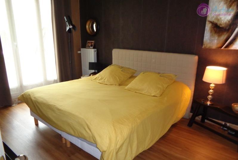 Sale house / villa Lesigny 425000€ - Picture 8