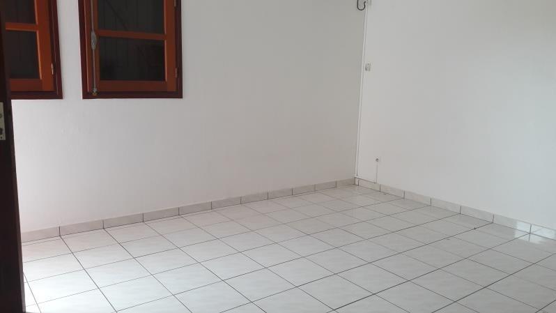 Location appartement Le moule 1100€ CC - Photo 5