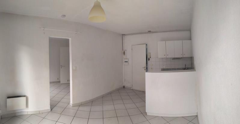 Sale apartment Pessac 129000€ - Picture 2