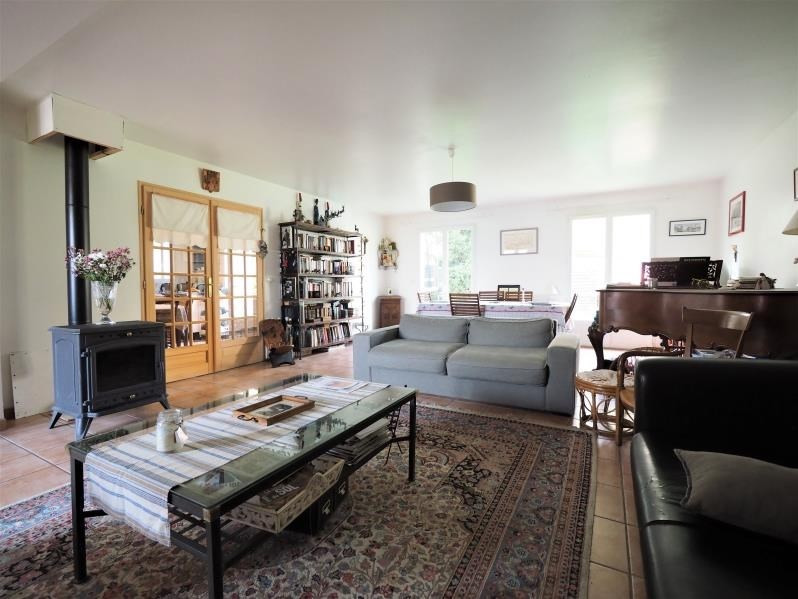 Sale house / villa Fontenay le fleury 550000€ - Picture 2