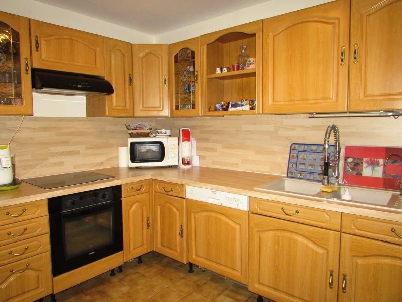 Sale house / villa La ferte gaucher 210000€ - Picture 4