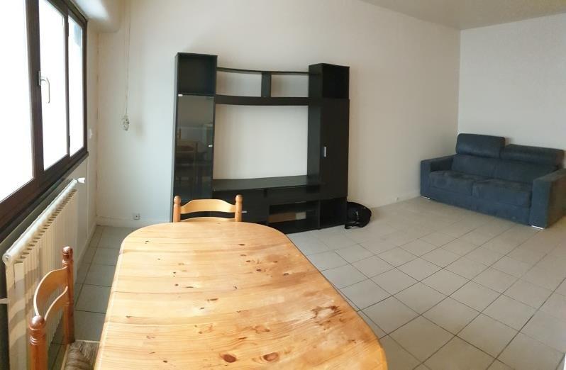 Vente appartement Paris 18ème 330000€ - Photo 2