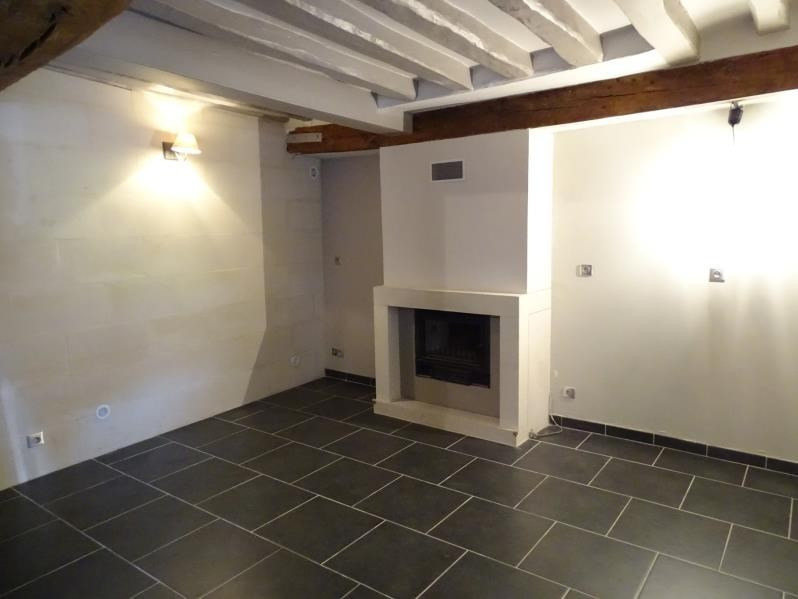 Rental house / villa Senlis 890€ CC - Picture 2