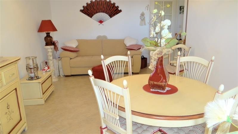 Sale apartment Cavalaire sur mer 224 000€ - Picture 3