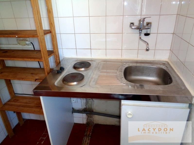 Location appartement Marseille 1er 353€ CC - Photo 4