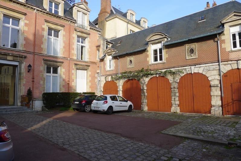 Sale apartment Orleans 364000€ - Picture 2