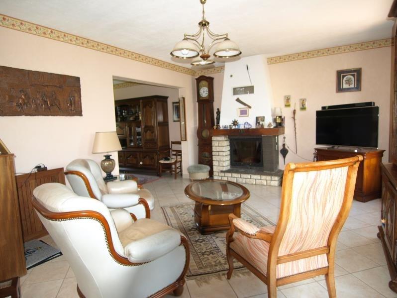 Sale house / villa Montfort l amaury 449500€ - Picture 5
