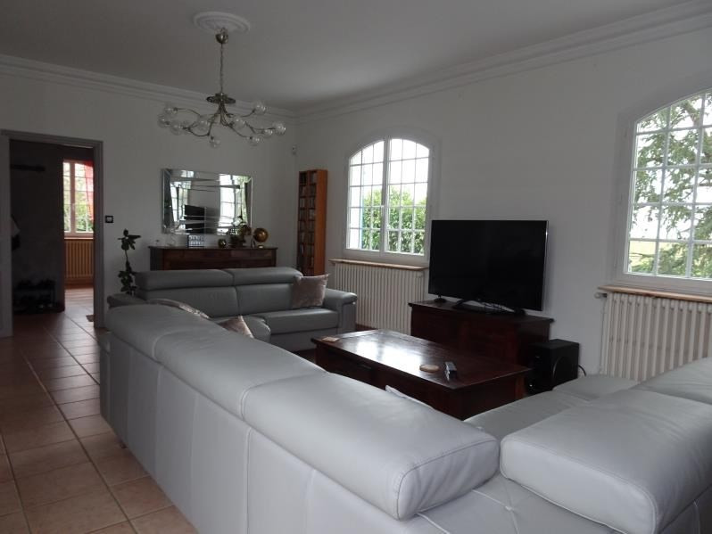 Deluxe sale house / villa Daux 480 000€ - Picture 2