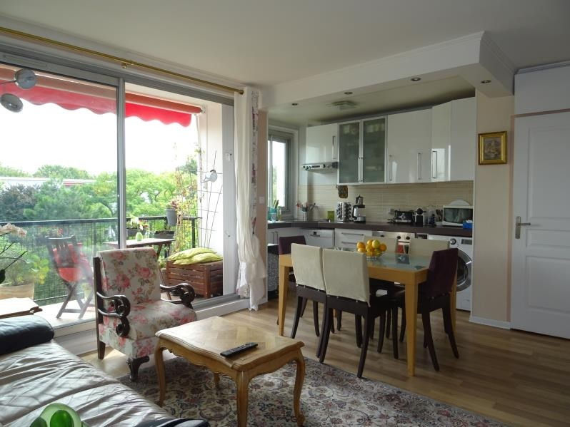 Sale apartment Marly le roi 198 000€ - Picture 1