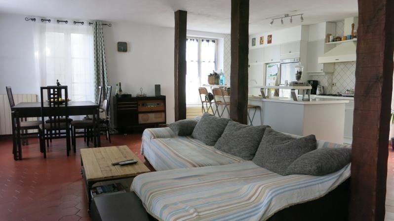 Sale house / villa Crecy la chapelle 327500€ - Picture 1