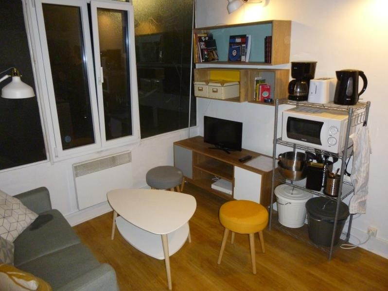 Sale apartment Paris 2ème 230 000€ - Picture 2