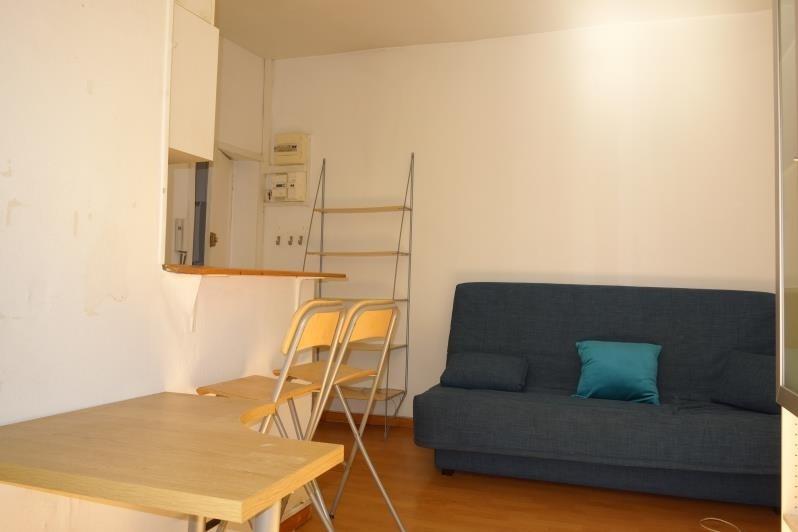 Sale apartment Paris 7ème 231000€ - Picture 2