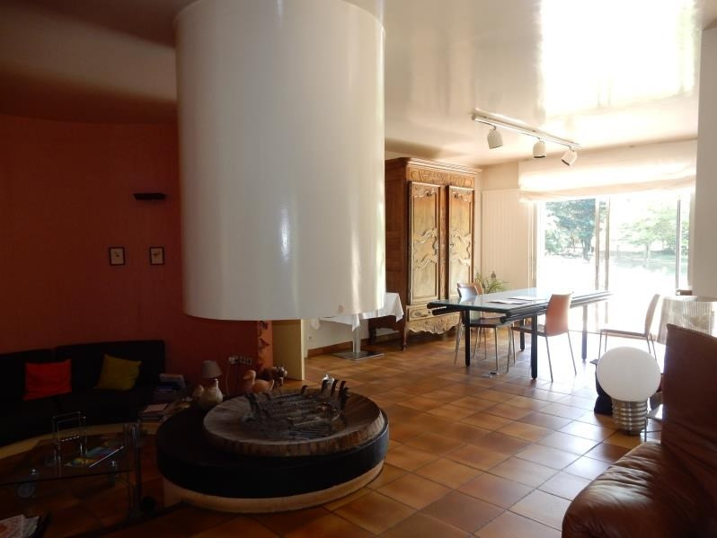 Revenda residencial de prestígio casa Roussillon 599000€ - Fotografia 7