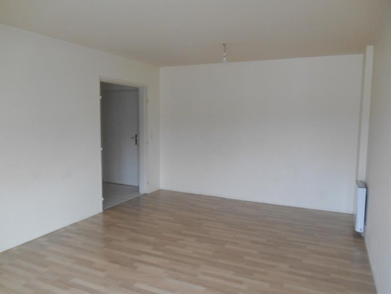 Location appartement Troyes 574€ CC - Photo 3