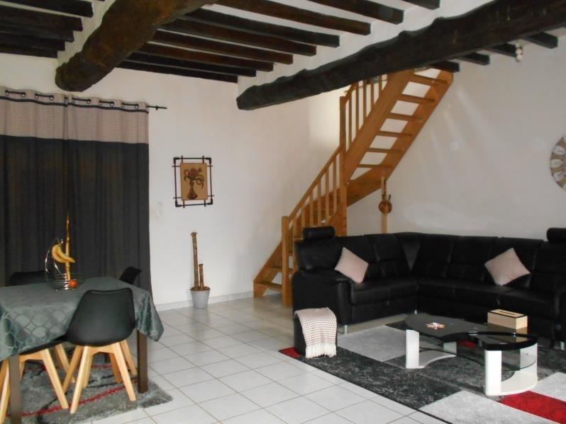 Affitto casa Yebleron 650€ CC - Fotografia 1