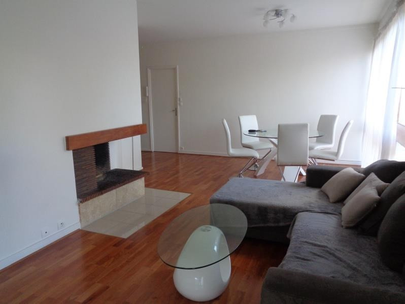 Location appartement Fontenay le fleury 1 330€ CC - Photo 1