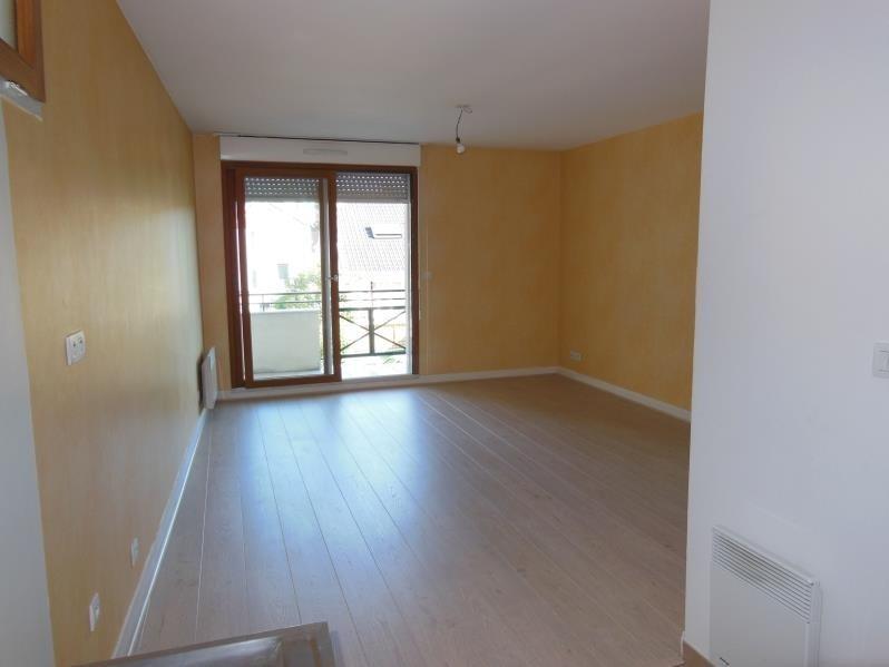 Rental apartment Chaville 948€ CC - Picture 3