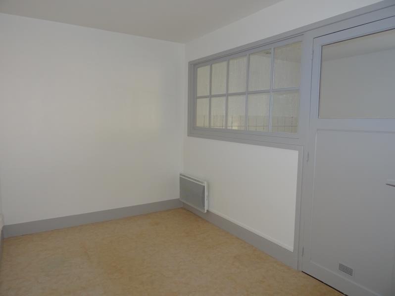 Location appartement Le coteau 355€ CC - Photo 2